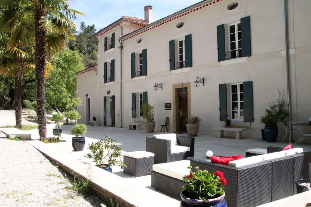 Le Castellet Alpes-de-Haute-Provence villa foto 3994280