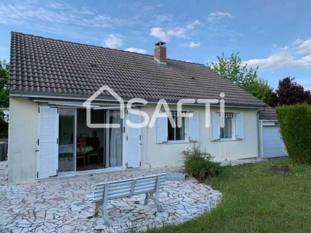 Saint-Pierre-lès-Elbeuf Seine-Maritime huis foto 4086877