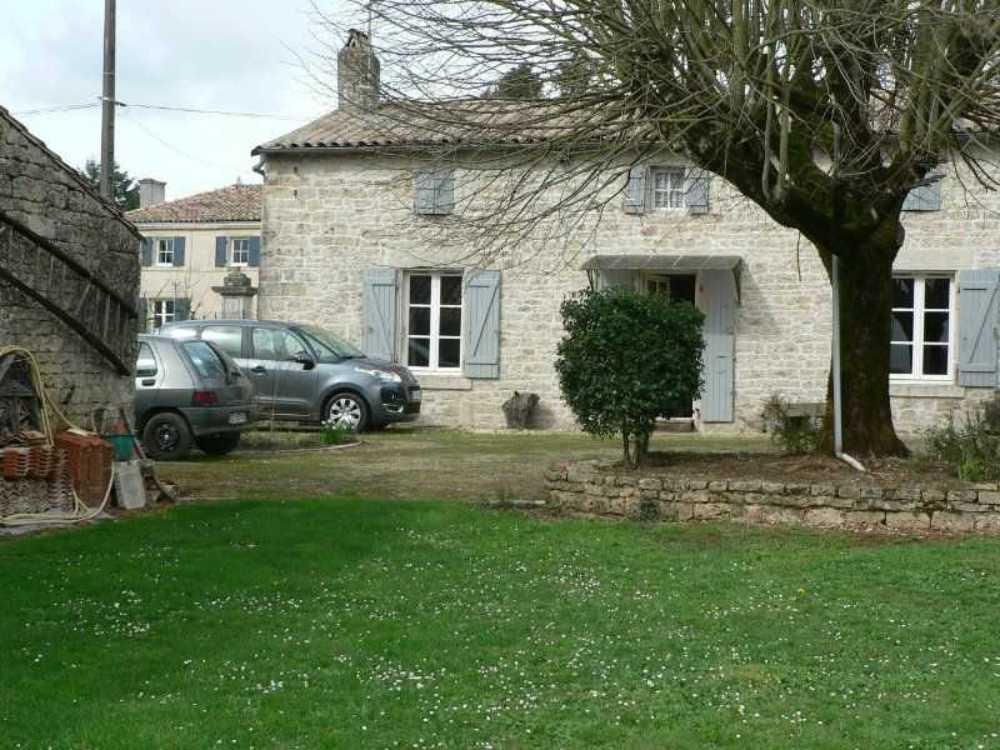 Celles-sur-Belle Deux-Sèvres huis foto 4075874