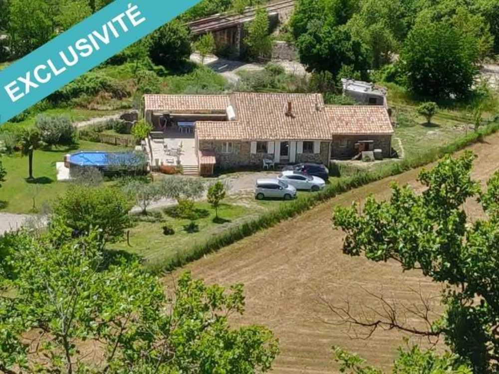 Mirabeau Alpes-de-Haute-Provence huis foto 4072911