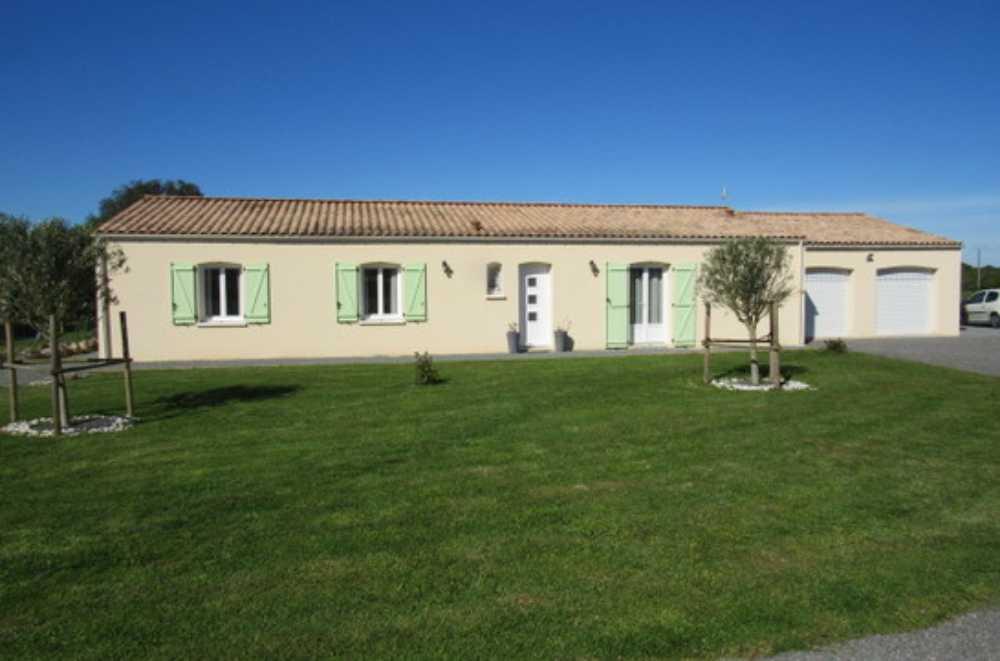 Saint-Savinien Charente-Maritime huis foto 4088666