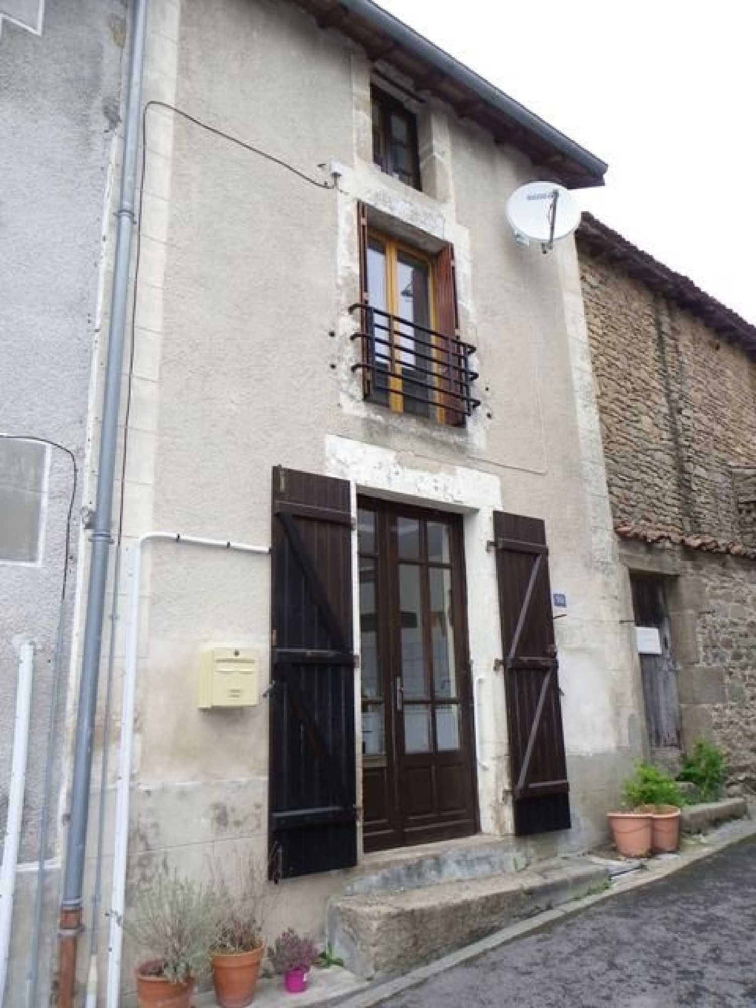 Châteauponsac Haute-Vienne huis foto 4137070