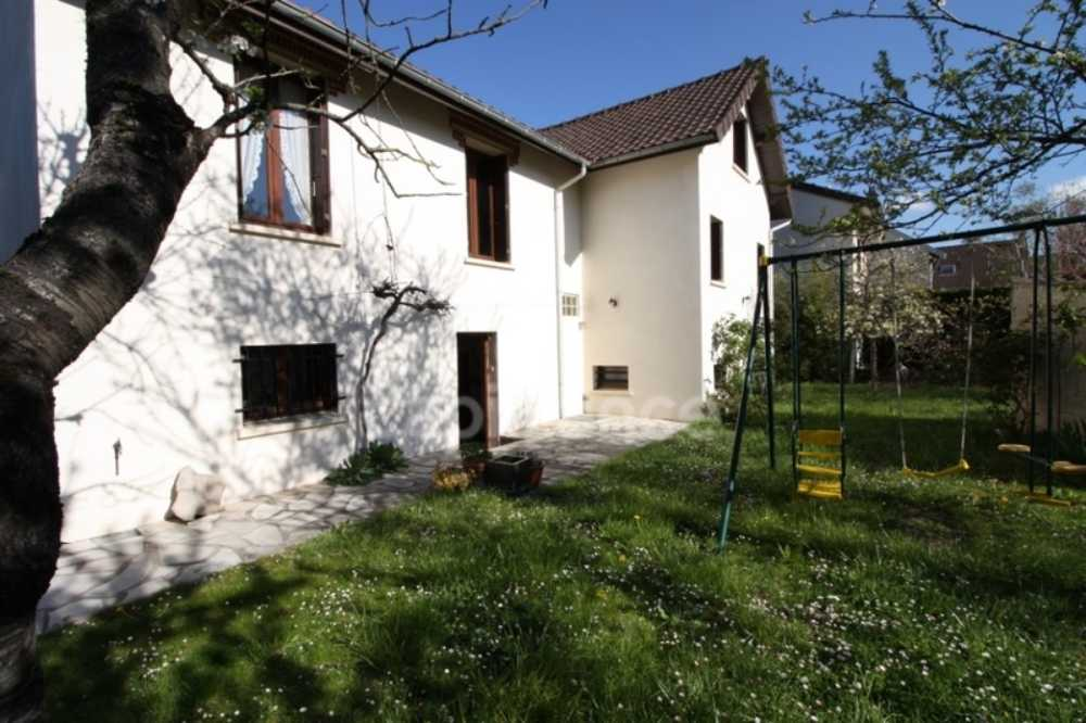 Le Blanc-Mesnil Seine-Saint-Denis huis foto 4023075