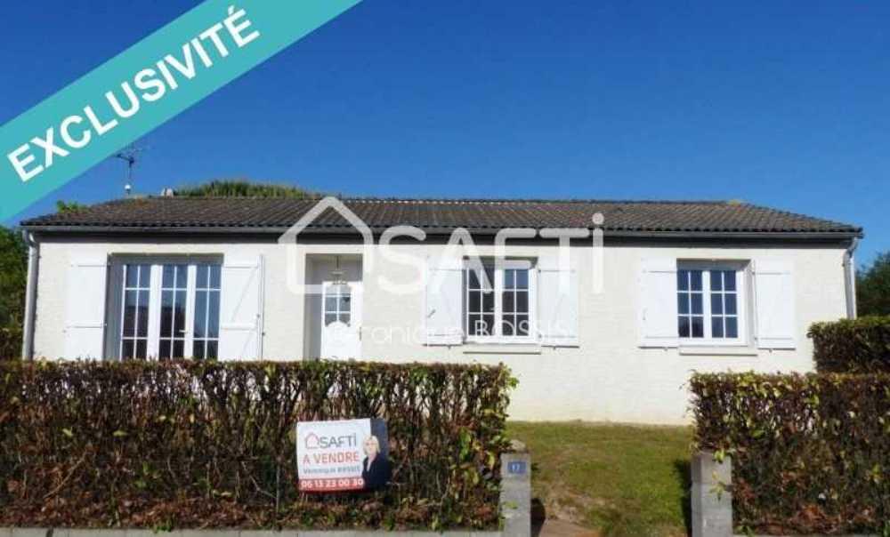 Le Poiré-sur-Vie Vendée huis foto 4085032