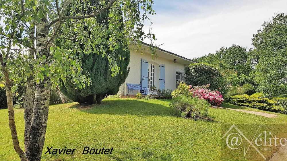 Le Poiré-sur-Vie Vendée huis foto 4055512