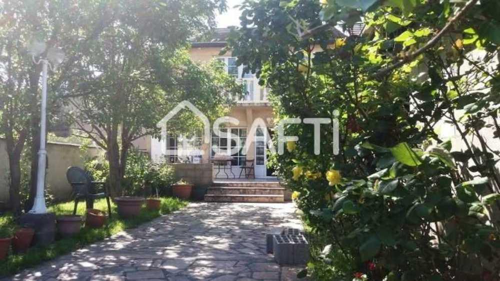 Bobigny Seine-Saint-Denis huis foto 4086899