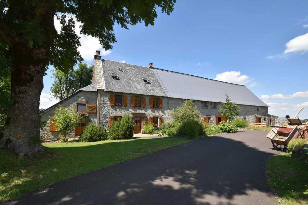 Besse-et-Saint-Anastaise Puy-de-Dôme huis foto 4055550