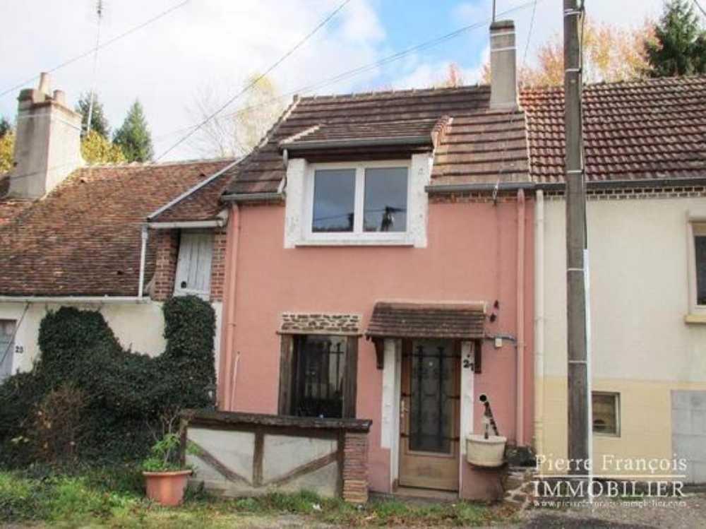 Saint-Amand-en-Puisaye Nièvre huis foto 4058222