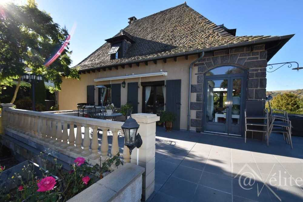 Besse-et-Saint-Anastaise Puy-de-Dôme huis foto 4055555