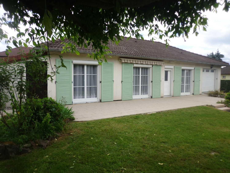 Luxeuil-les-Bains Haute-Saône huis foto 4159890