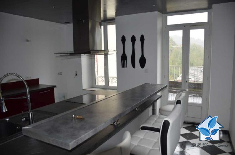 Thiers Puy-de-Dôme huis foto 4179418