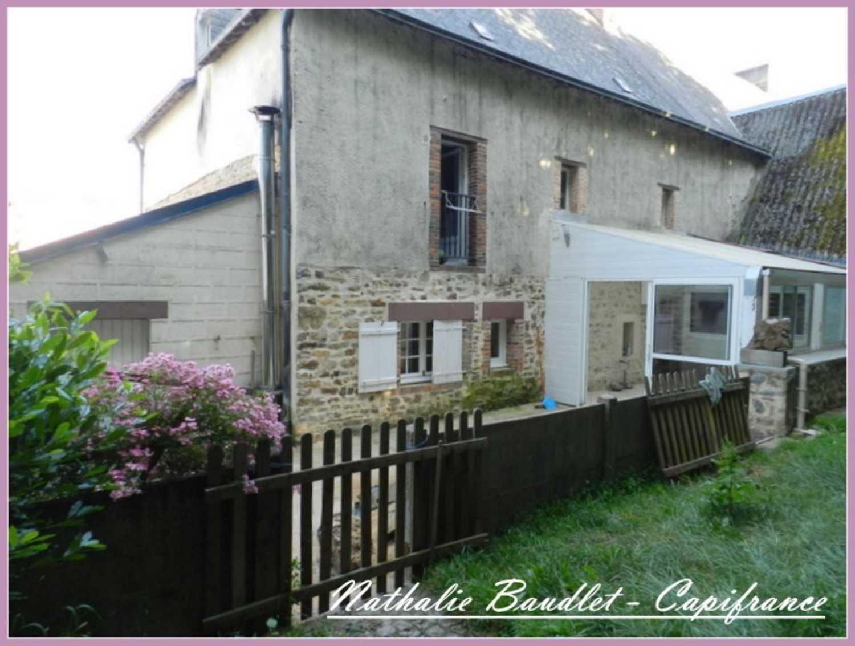 Saint-Jean-sur-Erve Mayenne huis foto 4139644
