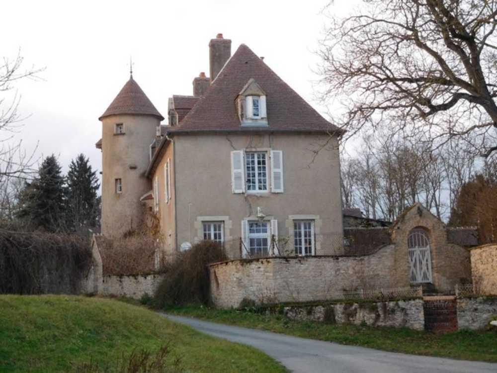 Decize Nièvre Haus Bild 4237526