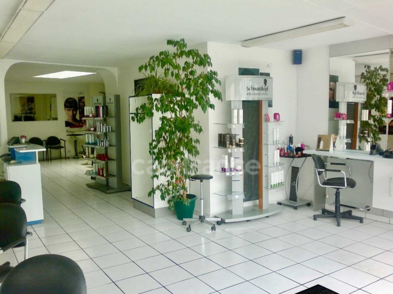 Montivilliers Seine-Maritime Laden Bild 4205088
