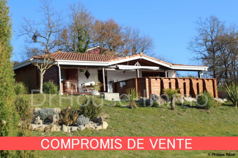 Prayssas Lot-et-Garonne huis foto 4256929