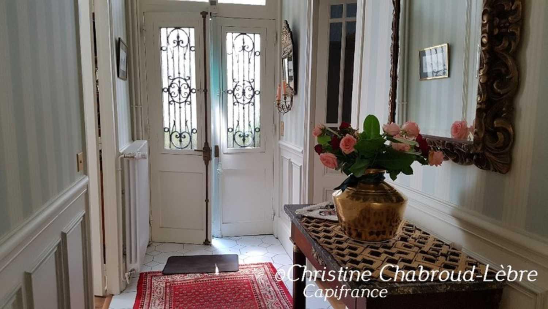 Vichy Allier maison bourgeoise photo 4248608