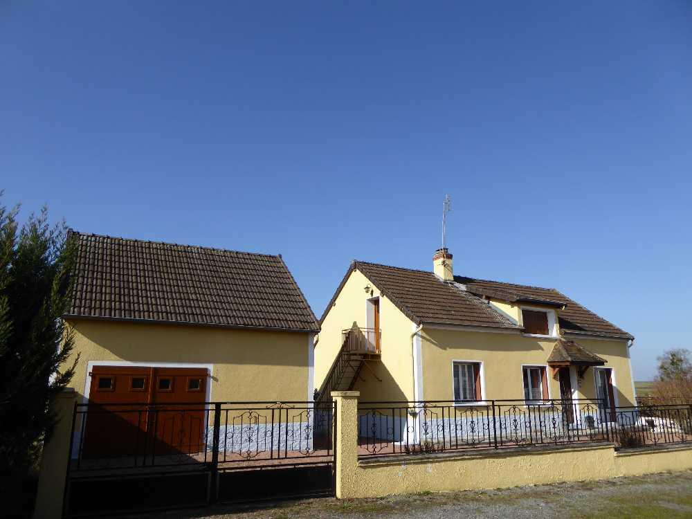 Luzy Nièvre huis foto 4237484