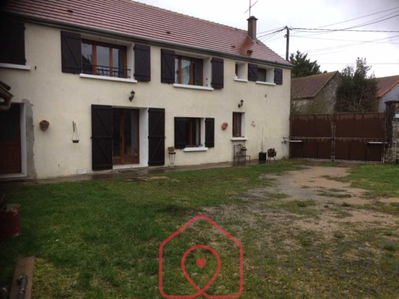 Puiseaux Loiret house picture 4249935