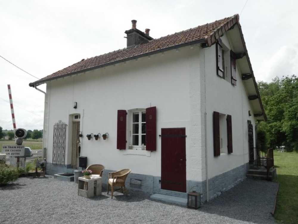Luzy Nièvre huis foto 4237435