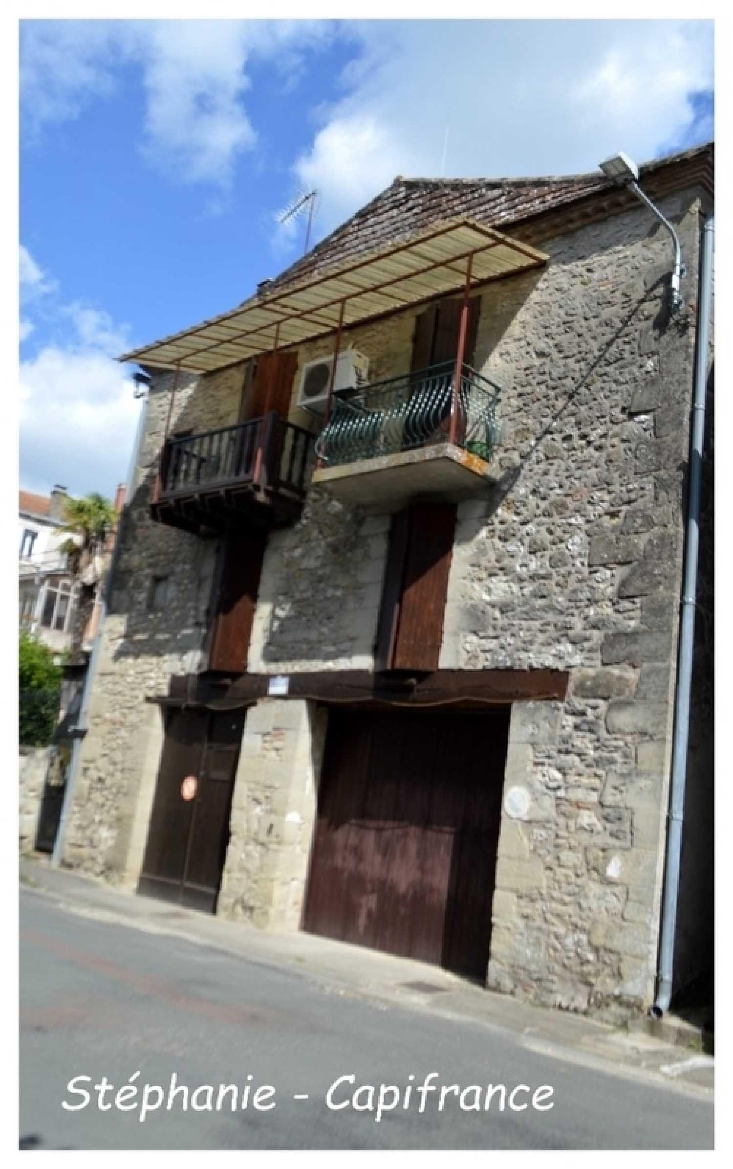 Monbahus Lot-et-Garonne dorpshuis foto 4257424