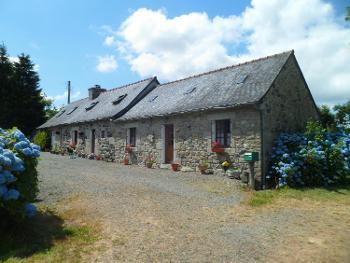Callac Côtes-d'Armor house foto