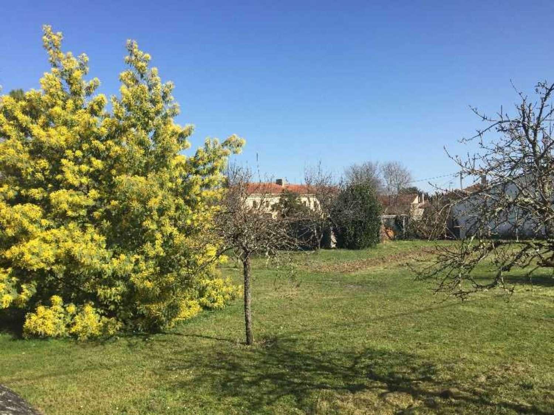 Eyrans Gironde terrein foto 4281734