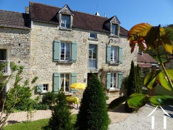 Stigny Yonne estate foto