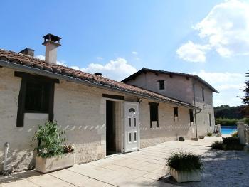 Aubeterre-sur-Dronne Charente house foto