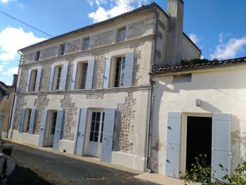 Saint-Savinien Charente-Maritime huis foto 4650339