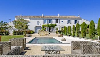 Vauvert Gard estate picture 4644442