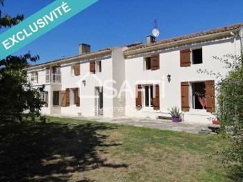 Saint-Savinien Charente-Maritime huis foto 4655273