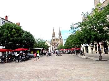 Moulins Allier commercial picture 5288185