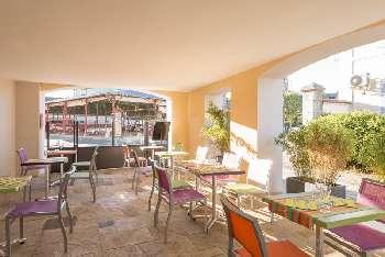 Vic-en-Bigorre Hautes-Pyrénées restaurant picture 5289968