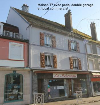 Luxeuil-les-Bains Haute-Saône stadshuis foto 4685848