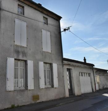 Parthenay Deux-Sèvres maison photo 4691141