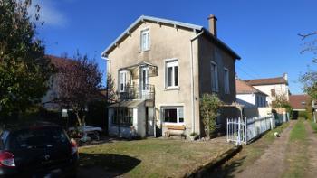Luxeuil-les-Bains Haute-Saône huis foto 4681937