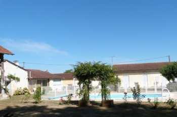 Ribérac Dordogne estate picture 4763728