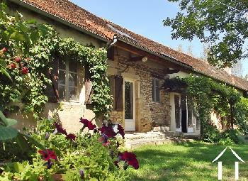 Saint-Marcelin-de-Cray Saône-et-Loire dorpshuis foto 4765220