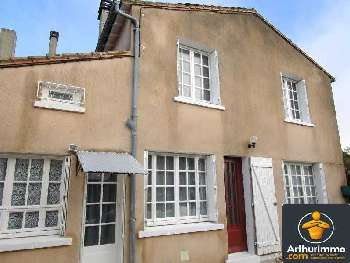 Beauvais-sur-Matha Charente-Maritime huis foto 4831975
