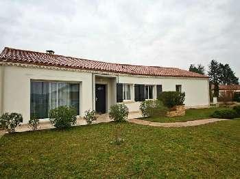 Puy-l'Évêque Lot huis foto 4900765
