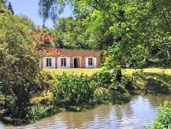 Saint-Yrieix-la-Perche Haute-Vienne huis foto 4899514