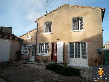 Beauvais-sur-Matha Charente-Maritime huis foto 4968216