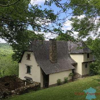 Livinhac-le-Haut Aveyron boerderij foto 5004992