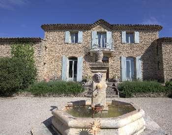 Gordes Vaucluse villa picture 5066406