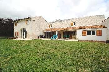 Jonzac Charente-Maritime huis foto 5052760