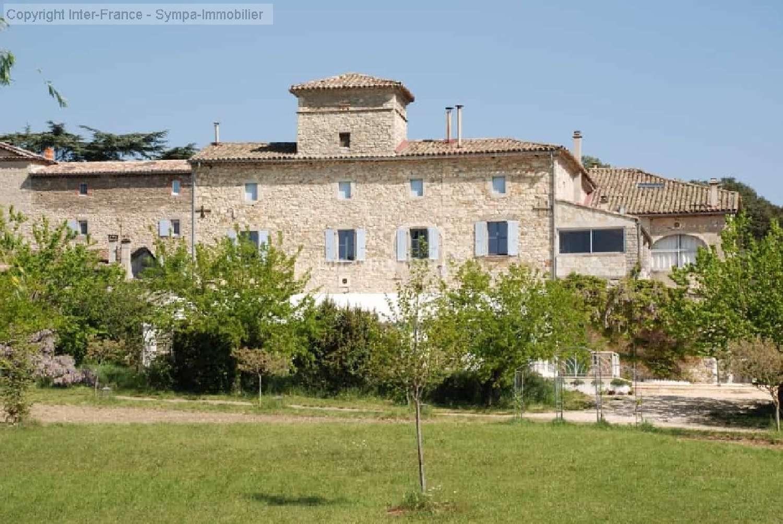 gîtes/ chambres d'hôtes te koop Nîmes, Gard (Languedoc-Roussillon) foto 2
