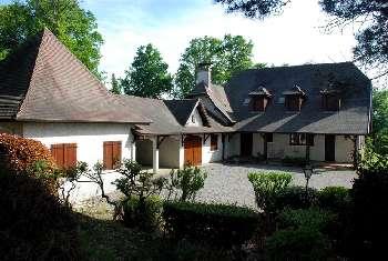 Monein Pyrénées-Atlantiques huis foto