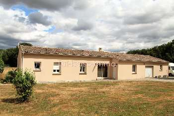 Benest Charente house picture 5128768