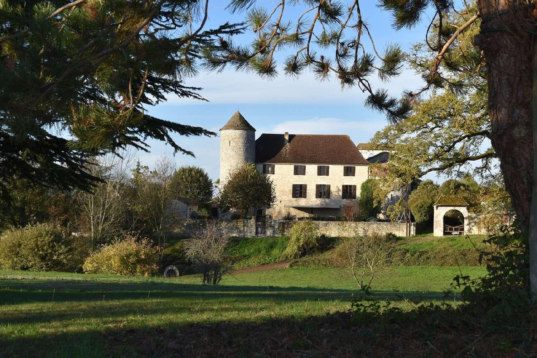 à vendre château Sadillac Aquitaine 1