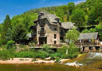 Conques Aveyron bar cafe picture 5612339